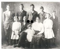 Edith Eliza Beck Coughran and her family